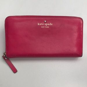 Kate Spade Pink Leather Zip Wallet💗